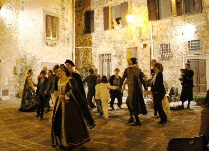 Danze storiche con Claudia Celi