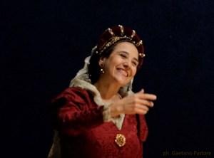 Historical dances Claudia Celi Humor bizzarro