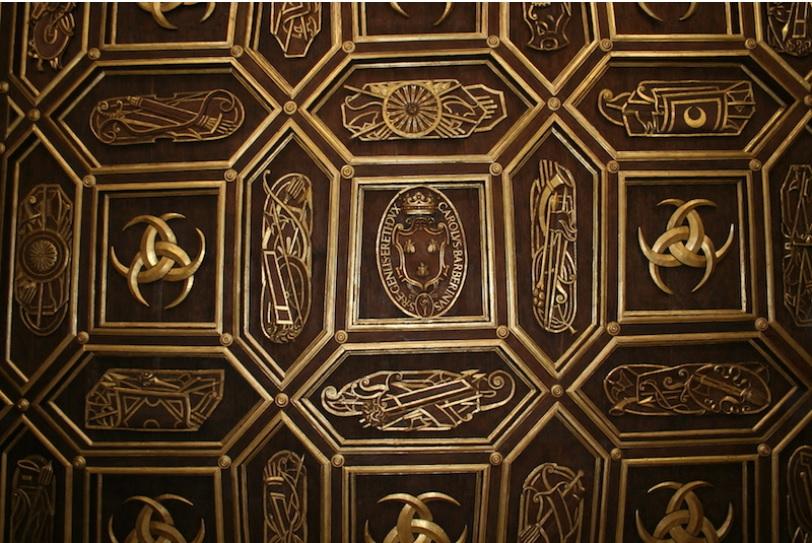 soffitto ligneo intagliato e dorato Palazzo Orsini Barberini copyright de feo restauri