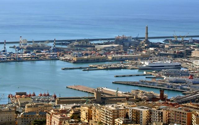 Porto di Genova, Zena in Dialetto genovese