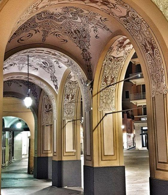 Santa Margherita Ligure, portici di Piazza Caprera