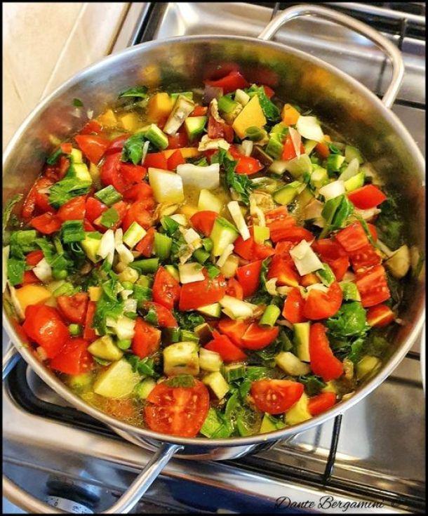 Minestrone alla genovese peparazione