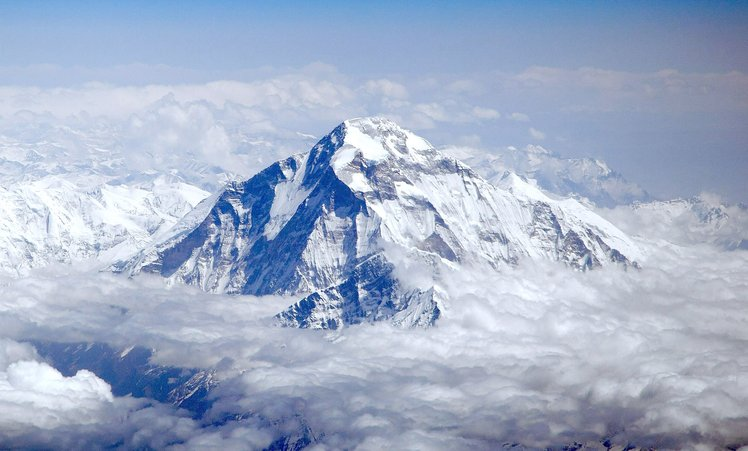 puncak gunung dhaulagiri 240