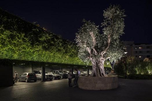 Linealuce Mini MaxiWoody LED Projeto RGB Luminárias Hospitalidade Sky Management mediterrânea Líbano Ieva Saudargaite lighting design