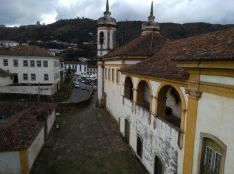 Minas Gerais_Irmandade_Unesco_ Patrimônio_Estrada Real_Arquitetur_Bbarroco_Aleijadinho_Humanidade_Traseira