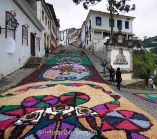 Ouro Preto_Semana Santa_Tapetes_Devocionais_Serragem_Horiz_0