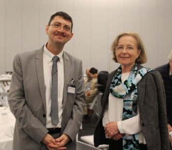 John Dudley y Ana M. Cetto