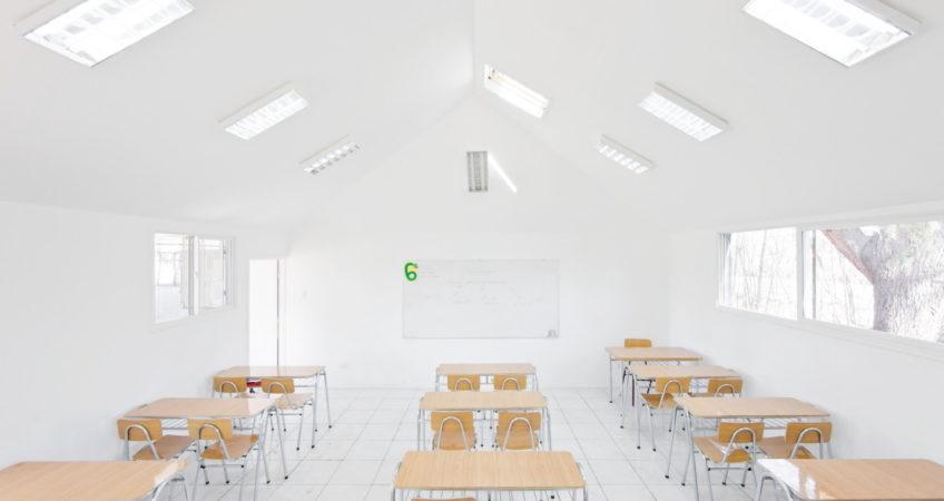 Controles de iluminacin para la sala de clase de hoy  Ilutec