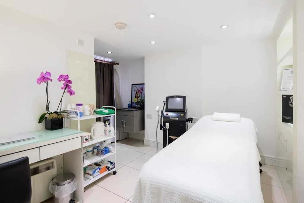 An image of iLuvo's main Laser Treatment Room located within Belle Cour Beauty Salon