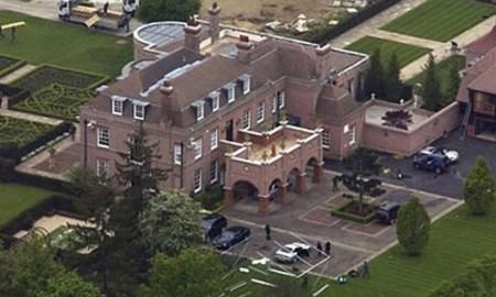Beckinghamský palác rodiny Beckhamových v Anglii.