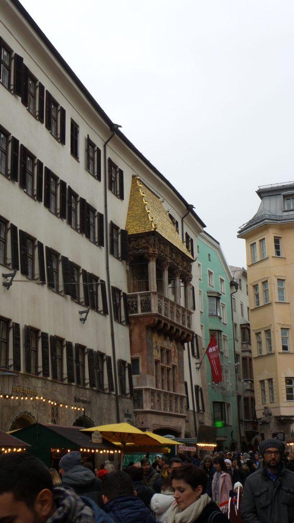 """Innsbruck - Goldenes Dachl, il """"Tettuccio d'oro"""""""