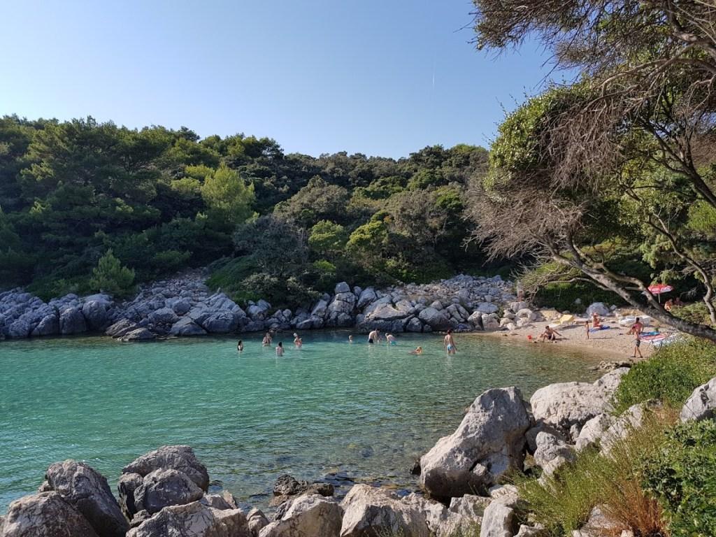 La spiaggia Jelenovica