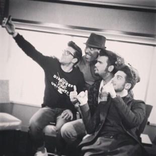 @uforiamusica w/@carlitosalvarez Piero takes the selfie - Latin Grammys 2015