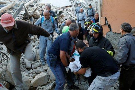 italy-earthquake-re-660