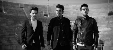 Video capture in black and white of Gianluca, Ignazio and Piero in the Verona Arena