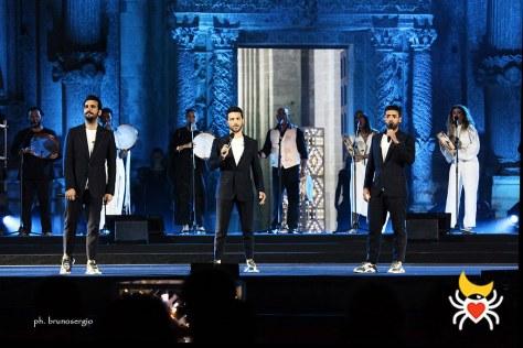 IL VOLO performing on the Notte della Taranta stage