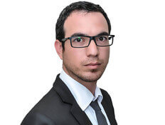 משה ישראל, עורך דין
