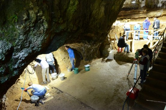 Bulgarian cave continues to reveal surprises about the earliest Homo sapiens in Europe  Voice of America
