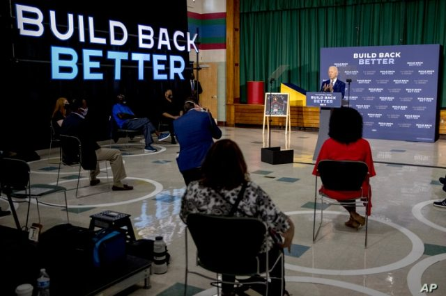 Democratic presidential candidate former Vice President Joe Biden speaks at a campaign event at the Colonial Early Education…