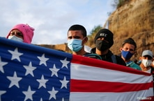 Hondurans take part in a new caravan of migrants, set to head to the United States, in Vado Hondo, Guatemala January 18, 2021…