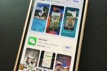 Photo by: STRF/STAR MAX/IPx 2020 9/25/20 The Justice Department asks judge to allow US to bar WeChat from US app stores. TikTok…