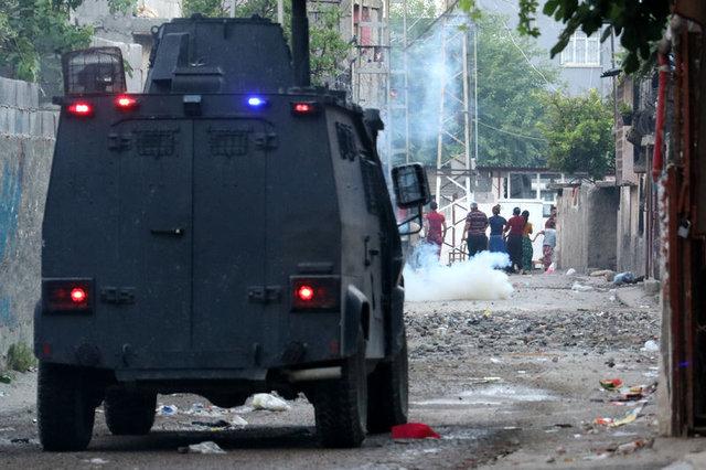 Adana'da iki aile birbirine girdi: 4 yaralı