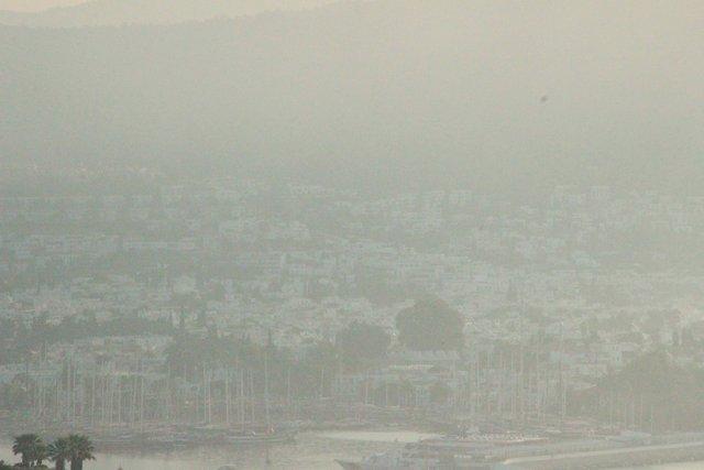 Bodrum duman altında