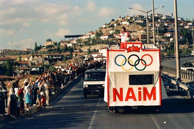 Naim Süleymanoğlu kimdir? İşte Naim Süleymanoğlu'nun hayatı ve şampiyonlukları