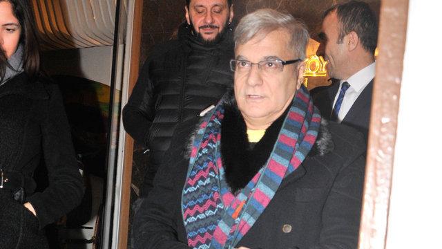 Mehmet Ali Erbil'in kızı Sezin Erbil isyan etti