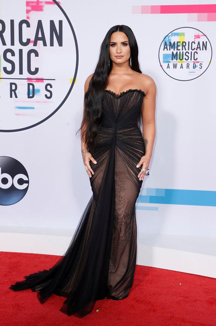 Demi Lovato aldığı kilolarla şaşırttı - Magazin haberleri