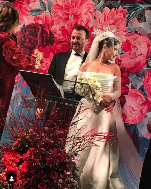 Beren Saat, Hazal Kaya'nın düğününe neden katılmadı? - Magazin haberleri