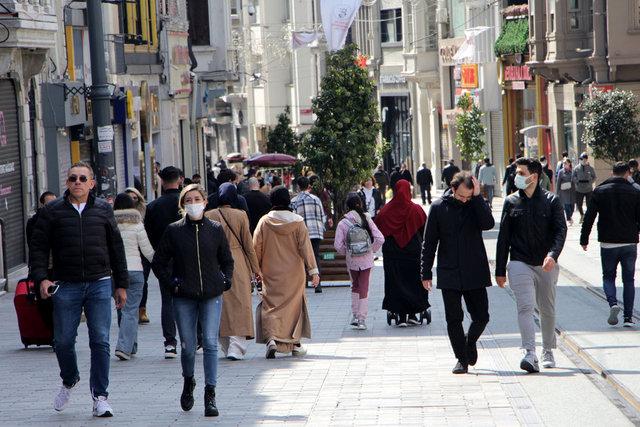 Son dakika: İstiklal Caddesi ve Beşiktaş'ta turist yoğunluğu