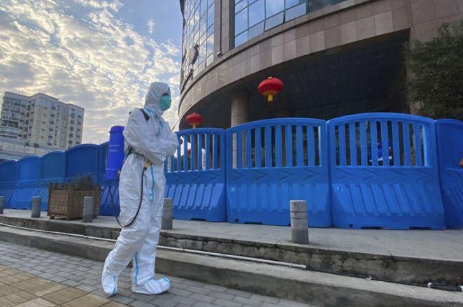 """ŞOK İDDİA! Son dakika: Çin'in koronavirüsü """"laboratuvarda ürettiği ve izlerini gizleme çalıştığı"""" iddia edildi 12"""