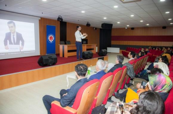 """Hakkari Üniversitesinden """"Sosyal Girişimcilik"""" semineri"""