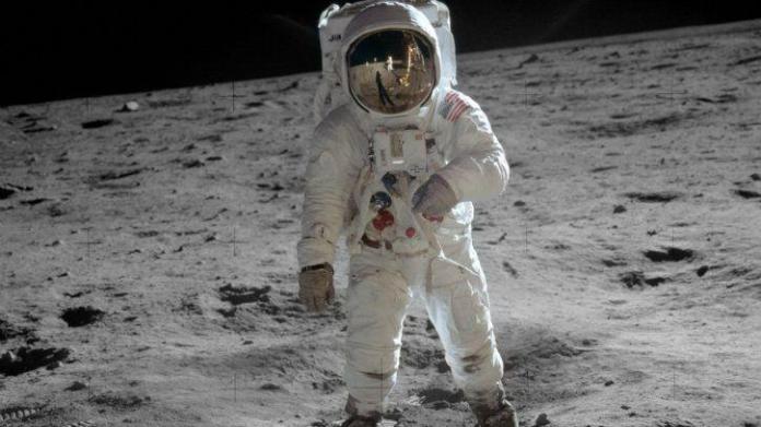 Misión lunar