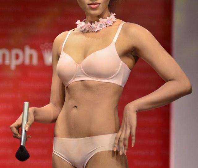 5 41 Indian Models Hot Imagestriumph