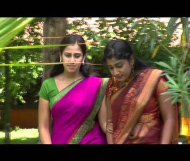 Cute Hot Mallu Malayalam Actress Devika Nambiar Actress Amritha Navel Show Indiatimes Com