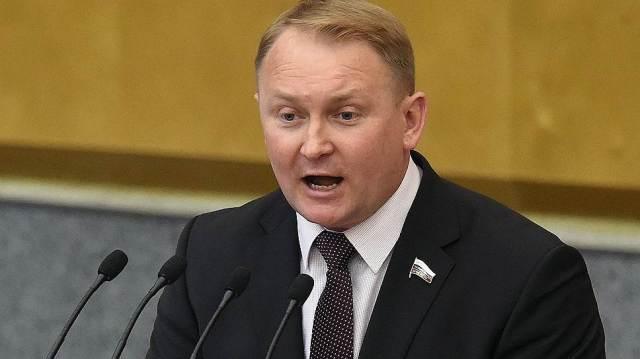 Первый зампред комитета Госдумы по обороне предложил нанести удар ...