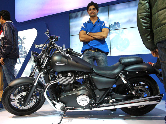 Best Indian Girl Wallpaper Hot Pics Bikes That Rocked At Auto Expo 2012 Rediff