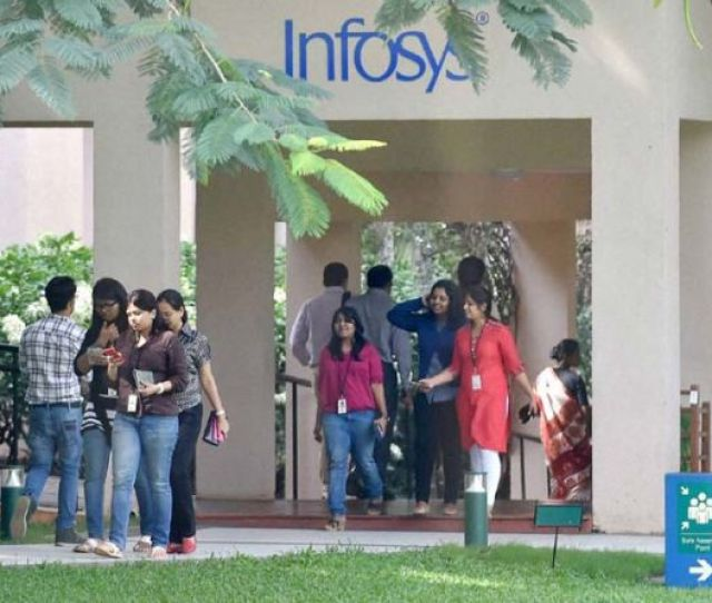 Infy Goes High Tech To Map Learning Ability Of Employees Rediff Com Business