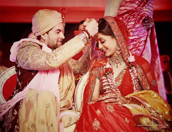 Mehndi Hd Wallpaper 1080p Photos Inside Neil Nitin Mukesh S Wedding Rediff Com Movies