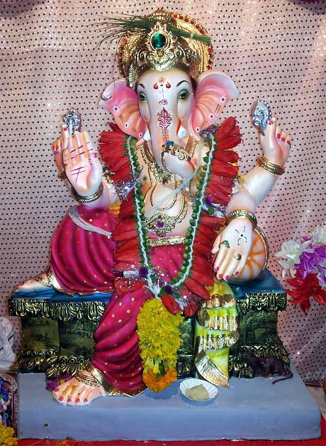 Lord Ganesha Wallpaper In Hd Readers Photos The Many Avatars Of Lord Ganesha Rediff