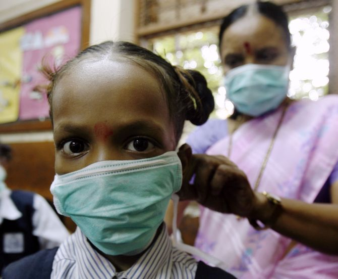How YOU can protect yourself from swine flu - Rediff.com India News