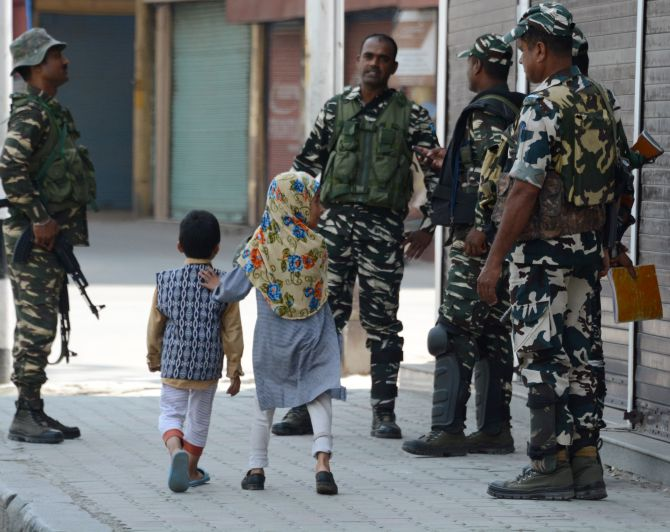 90 per cent of Kashmir free of day time restrictions