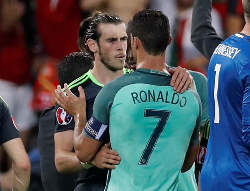 https://i0.wp.com/im.rediff.com/sports/2016/jul/07-ronaldo-bale.JPG