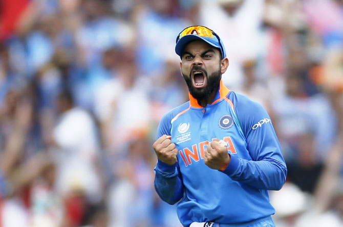 Icc Champions Trophy 2017 Hd Wallpaper Photos Pakistan Maul India To Lift Champions Trophy Title