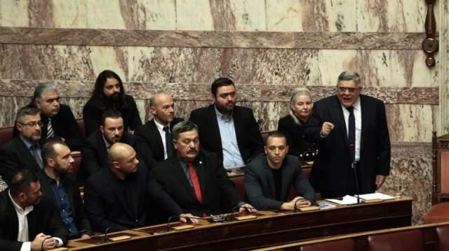 Αποτέλεσμα εικόνας για Η Χρυσή Αυγή προκαλεί ξανά κι αποθεώνει τον δικτάτορα Παπαδόπουλο μέσα στη Βουλή