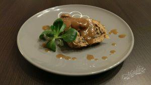 Rolada z mięsa mielonego z pieczarkami