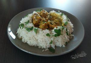 Kurczak curry z mleczkiem kokosowym