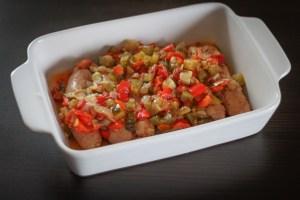 Biała kiełbasa duszona z warzywami